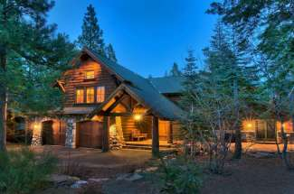 Snowpeak Retreat – Tahoe Donner